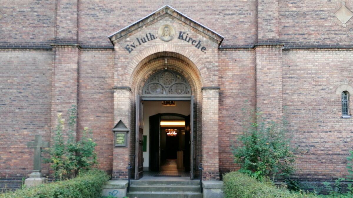 Unser Kircheneingang